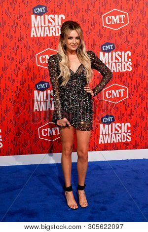 NASHVILLE - JUN 5: Carly Pearce attends the 2019 CMT Music Awards at the Bridgestone Arena on June 5, 2019 in Nashville, Tennessee.