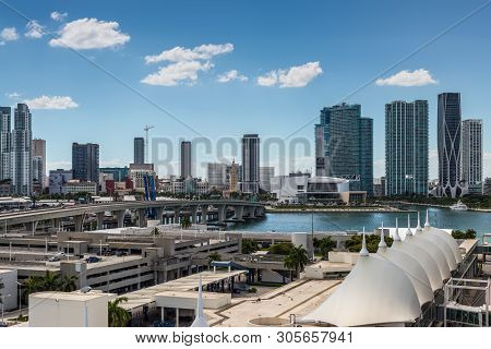 Miami, Fl, United States Od America - April 20, 2019: Downtown Of Miami Skyline Viewed From Dodge Is