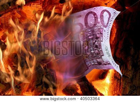 Five hundred euro on fire