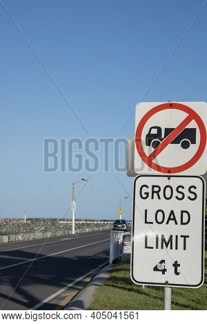 Gross Load Limit Signage Out Onto Breakwater For All Traffic Excluding Trucks