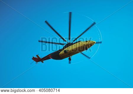 The World's Largest Cargo Helicopter Hovers Overhead. Bottom View