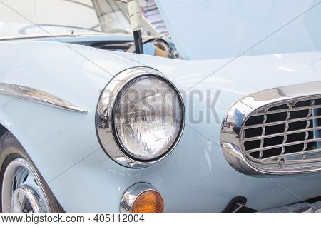 Luxury Beautiful Retro Race Car In Car Repair Shop With Tool For Paintless Dent Repair On The Backgr