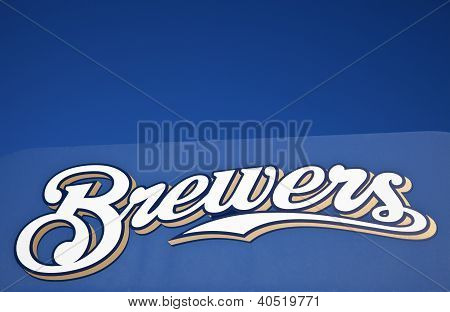 Brewers Sign