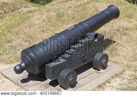 Sevastopol, Crimea, Russia - July 27, 2020: English 24-pounder Cannon With The Mark Of George Iii, C