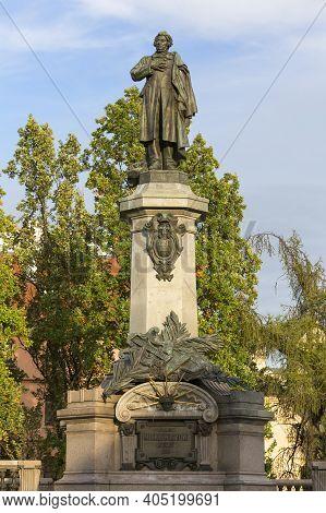 Warsaw, Poland -october 17, 2019: Neoclassical Monument Of Poet Adam Mickiewicz Located In Krakowski