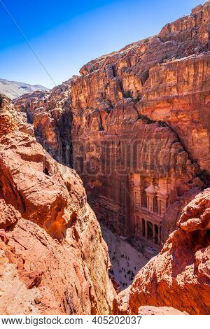 Petra, Ancient City In Jordan - Siq And The Treasury Al Khazneh In Wadi Musa One Of The New Seven Wo