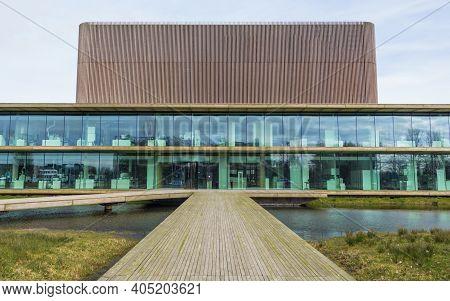 Wageningen, Netherlands - Februari, 2014: Modern Sustainable Building At The Wageningen Univeristy A