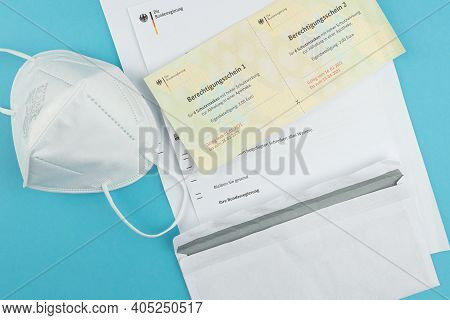 01-27-2021 Hamburg, Germany: Coupons Or Vouchers For Free Ffp2 Face Masks Issued By The German Gover