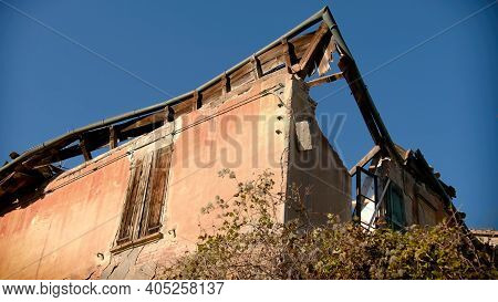 Renovating Incentive For Crumbled Buildings With Roof Gutter House Background