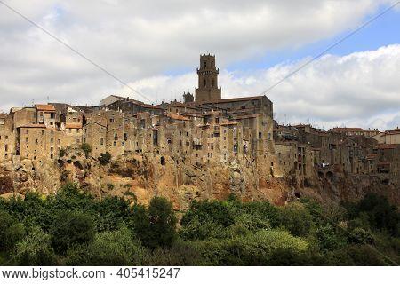 Pitigliano (gr), Italy - June 12, 2017: The Historic Hilltop Village Of Pitigliano, Grosseto, Tuscan