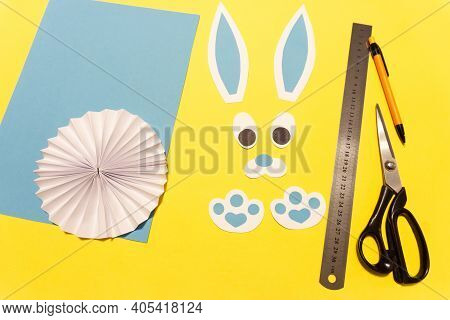How To Make A Paper Rabbit For Easter Greetings. Diy Children's Art Project. Diy Concept. Step 10. C