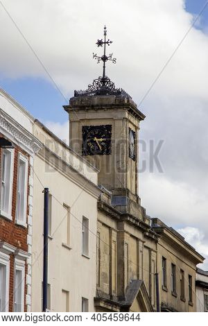 Devizes, Wiltshire, Uk, August 25 2020. The Town Square With Shambles Clock Tower, The Market Place.