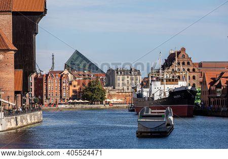 Gdansk, Poland - Sept 6, 2020: Gdansk, Old Town - Historic Buildings On The Banks Of The River Motla