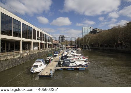 Bristol, Uk - April 10, 2019. Bristol Harbour Aka Bristol Docks Has Existed Since The 13th Century R