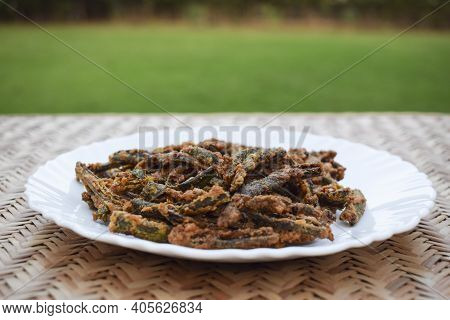 Indian Curry Or Starter Appetizer Bhindi Fry Or Kurkure Bhindi Also Know As Lady Finger Deep Fry.tra
