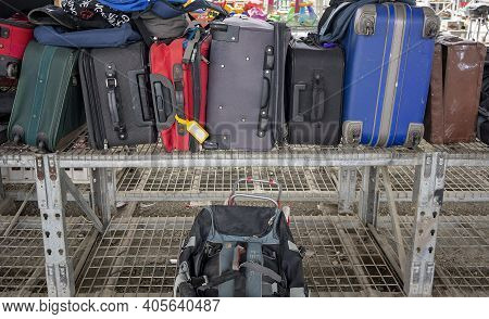 Mackay, Queensland, Australia - January 2021: Luggage For Sale At The Local Tip Shop