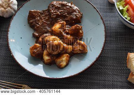 Croatian Traditional Cuisine, Pasticada With Gnocchi - Dalmatian Pot Roast Or Beef/ Croatian Dish -
