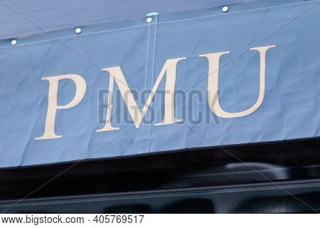 Bordeaux , Aquitaine  France - 01 24 2021 : Pmu Logo Brand Andtext Sign Front Of Store French Shop H
