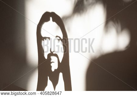 Face Of Jesus Christ, Shadow On The Wall Portret, Christian Religion Son Of God, Savior And Redeemer