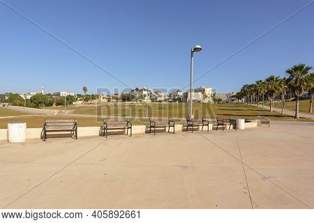 Park By The Sea In Tel Aviv, Jaffo