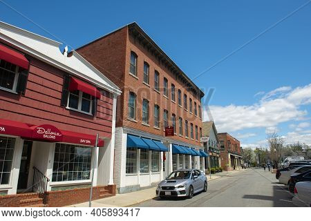 Andover, Ma, Usa - Apr. 24, 2019: Historic Commercial Buildings On Park Street Near Old Town Hall In