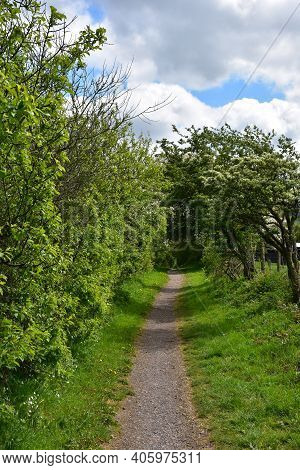 Dirt Footpath Along The Coast To Coast Route In England.