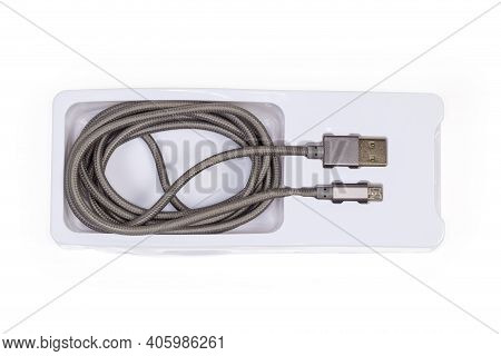 High Quality Braided Cable With Plugs Usb Standard A And Micro-usb Standard B At The Edges In Specia