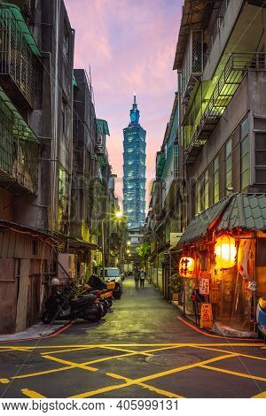 January 29, 2021: Takemura Izakaya With Taipei 101 Tower As Background. It Is One Of The Hottest Ins