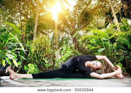 Yoga In The Tropic Garden