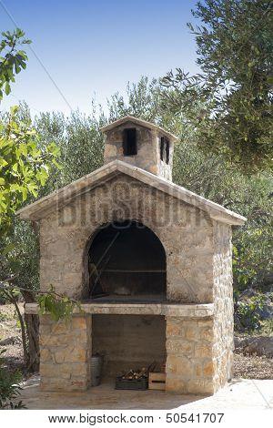 Rich bbq fireplace