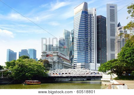 Singapore skyline with Cavenah Bridge.