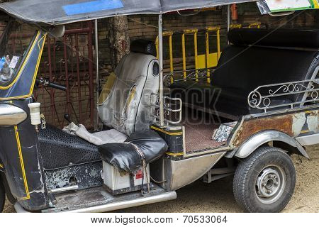 Old Tuktuk