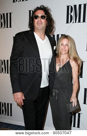 LOS ANGELES - MAY 12:  Billy Mann, Gena Mann at the BMI Pop Music Awards at the Beverly Wilshire Hotel on May 12, 2015 in Beverly Hills, CA