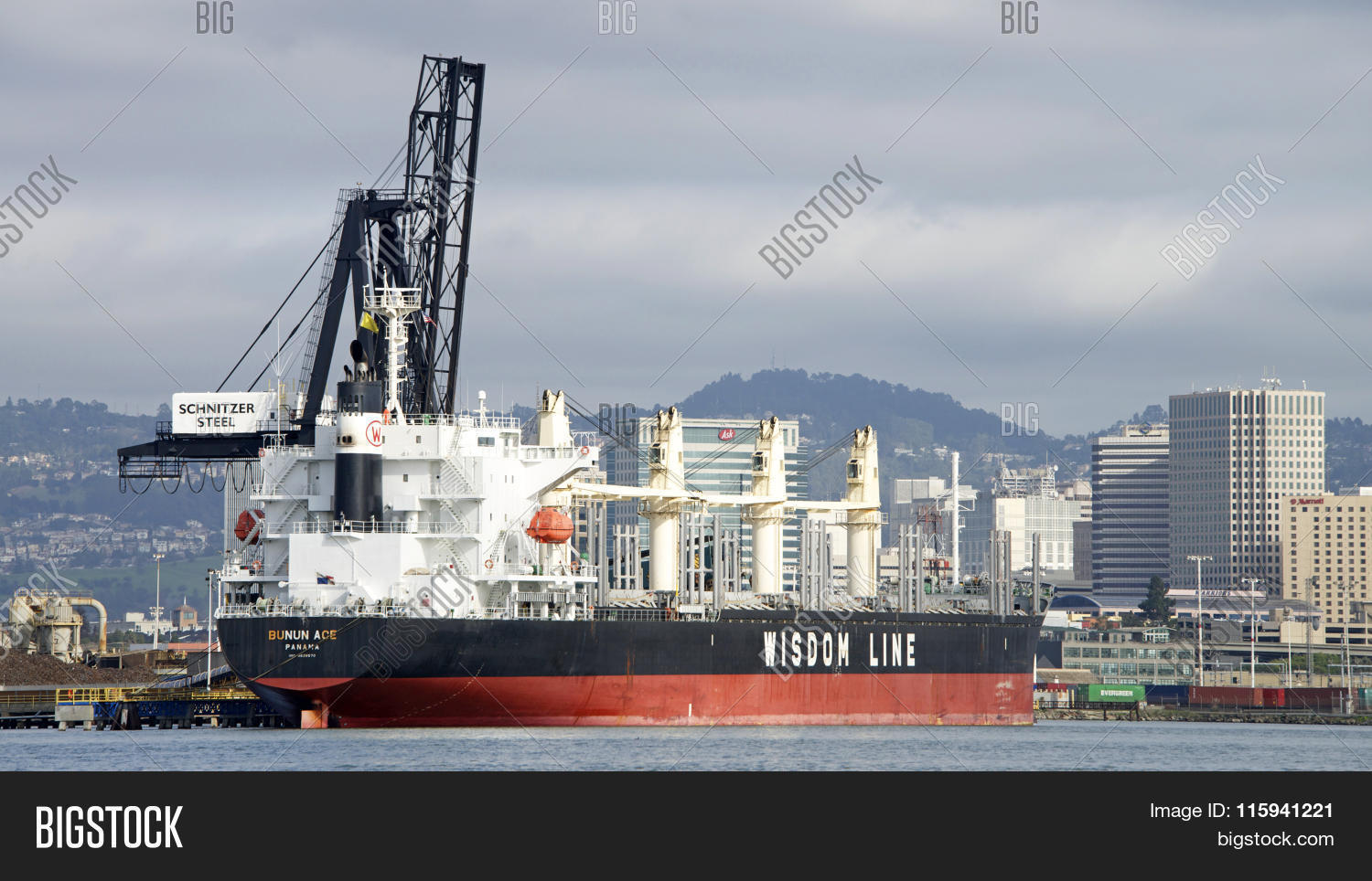 Bulk Carrier BUNUN ACE Image Photo Free Trial Bigstock - Schnitzer scrap