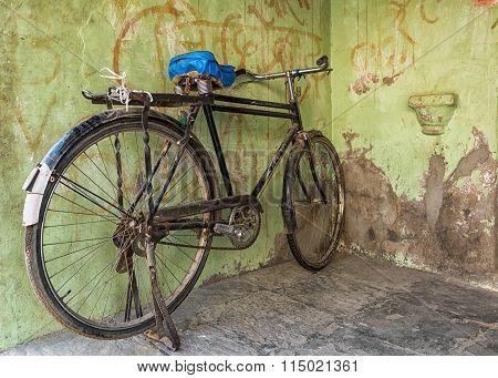 Old vintage bicycle in Mandawa rajasthan india