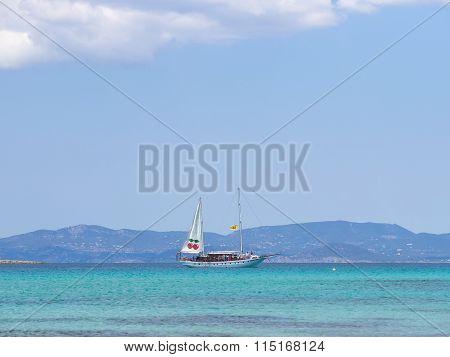 The Pacha Boat
