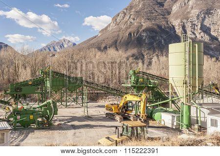 Gravel Extraction Plant.