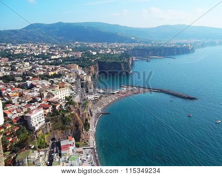 Meta di Sorrento (Italy), Naples bay