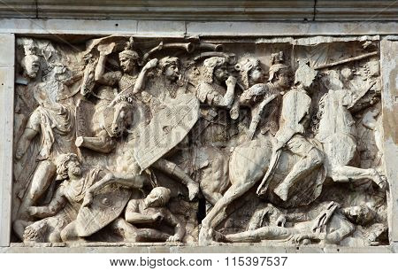 Roman Cavalry Tramples Dacian Barbarians