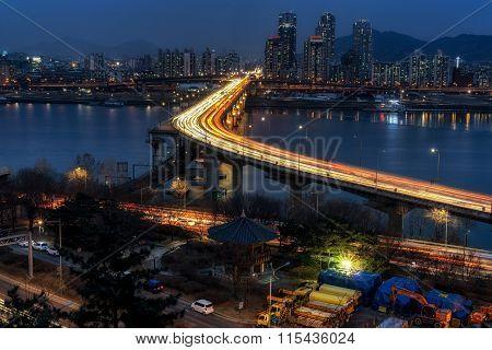Rush Hour Traffic Over Cheongdam Bridge