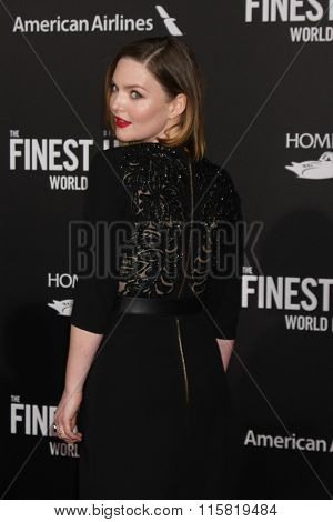 LOS ANGELES - JAN 25:  Holliday Grainger at the The Finest Hours World Premiere at the TCL Chinese Theater IMAX on January 25, 2016 in Los Angeles, CA