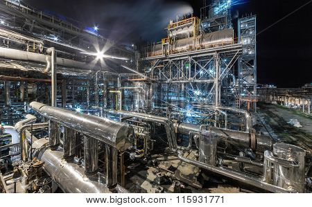 ChemChemical plant for production of ammonia and nitrogen fertilization on night time.