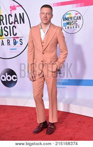 LOS ANGELES - NOV 19:  Macklemore arrives for the 2017 American Music Awards on November 19, 2017 in Los Angeles, CA