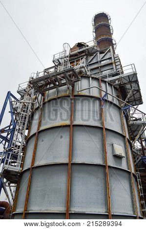 Large chemical capacity at the oil refinery new equipment.