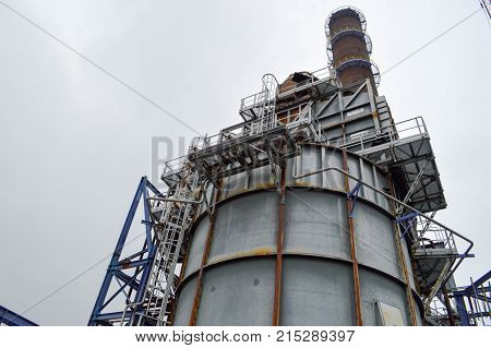 The chemical capacity and the pipe at the smithchemical plant. Manufacture of gasoline.