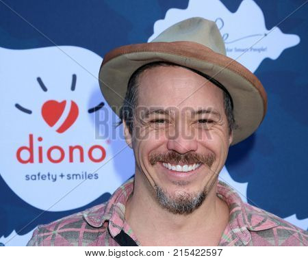 LOS ANGELES - NOV 19:  Michael Raymond-James at the Diono Presents A Day of Thanks & Giving at Garland Hotel on November 19, 2017 in North Hollywood, CA