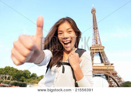 Paris Turist Happy