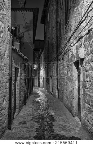Ascoli Piceno (marches, Italy), Alley By Night