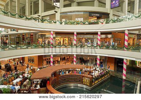 SINGAPORE - NOVEMBER 08, 2015: inside of The Shoppes at Marina Bay Sands.