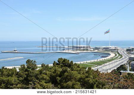 Boulevard.Baku.Azerbaijan. 2 October 2017.View on the coastal bay of the capital on the Caspian Sea.